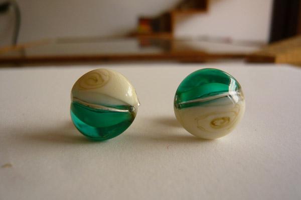 Pendientes botón verde Guara